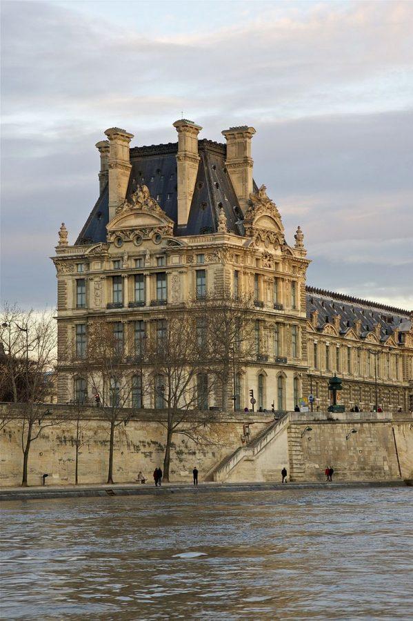 800px-pavillon_de_flore_seine_paris