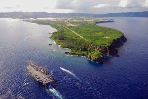 800px-US_Navy_080706-N-0640K-001_The_Nimitz-class_aircraft_carrier_USS_Ronald_Reagan_(CVN_76)_pulls_into_Agana_Harbor_off_the_coast_of_Guam